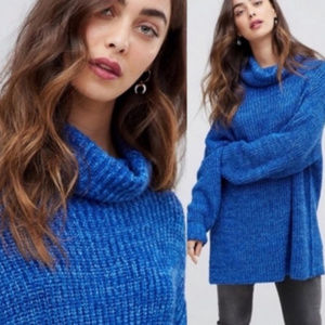 NWT Free People Turtleneck oversize sweater Boutiq